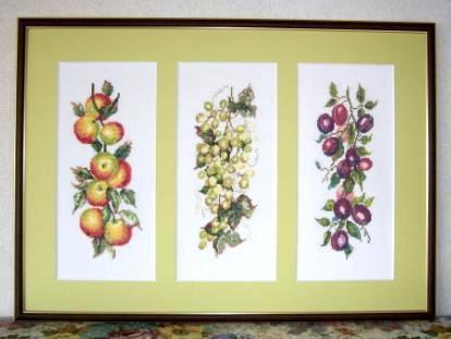 la-apple-grape-plum.jpg