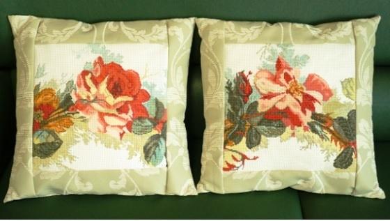 la-rose-cushions.jpg