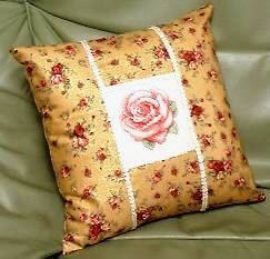 le-rose-goldcushion.jpg