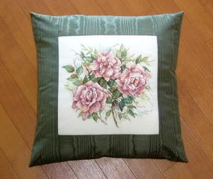pv-dustyrose-cushion.jpg